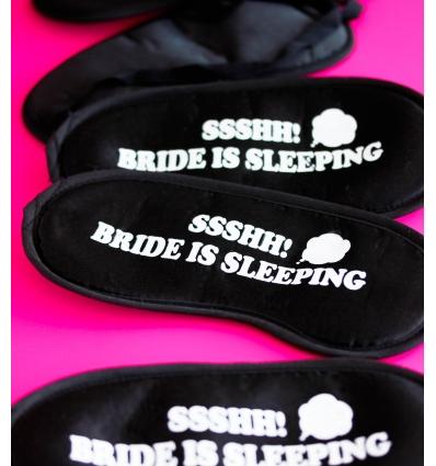 BRIDE IS SLEEPING BASKILI LASTİKLİ SİYAH UYKU BANDI