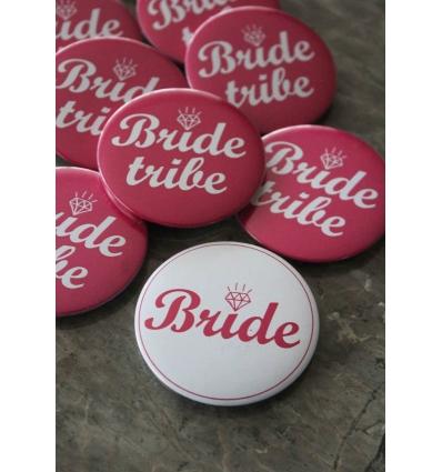 BEYAZ ZEMİN DETAYLI BRIDE İĞNELİ ROZET