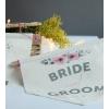 BRIDE-GROOM BASKILI ÇİÇEK DETAYLI BEZ BAYRAK